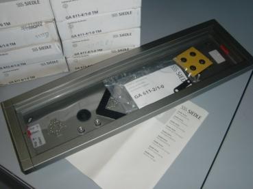 elstock schaufenster ga 611 4 1 0 tm ap geh use 4fach. Black Bedroom Furniture Sets. Home Design Ideas